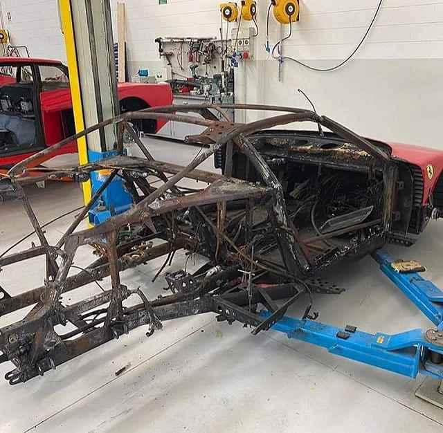 F40修理が始まる (3)