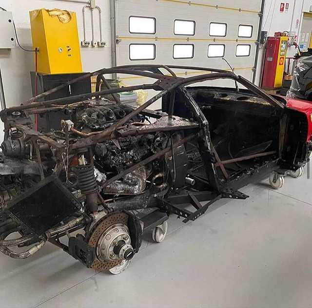 F40修理が始まる (2)