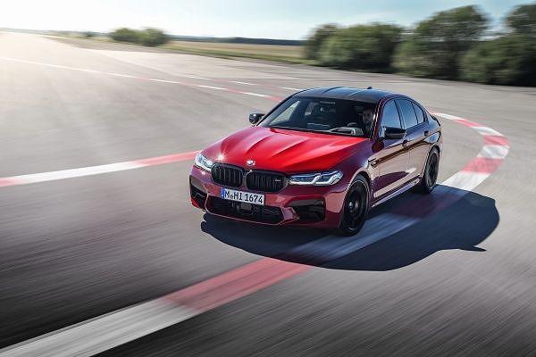 BMW M5コンペティション (5)