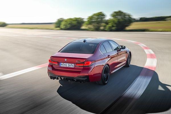 BMW M5コンペティション (7)