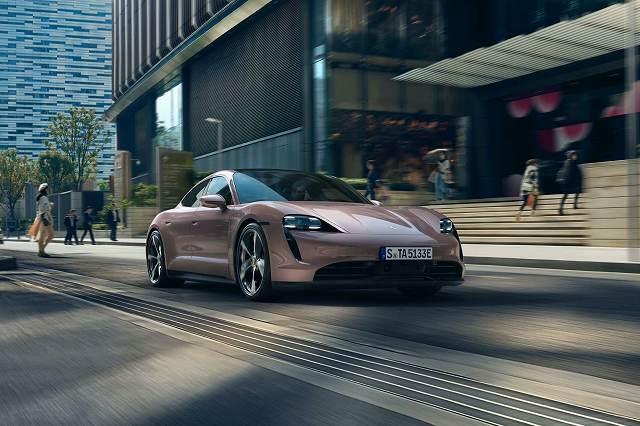 Porsche-Taycan-RWD77h (3)
