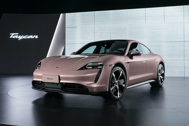 Porsche-Taycan-RWD77h (5)