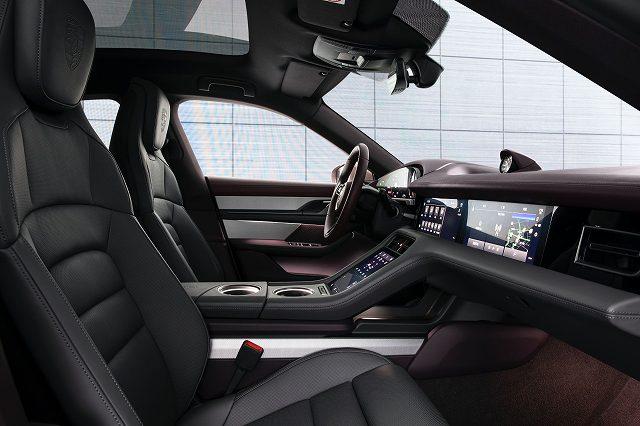 Porsche-Taycan-RWD-Baseerrw (1)
