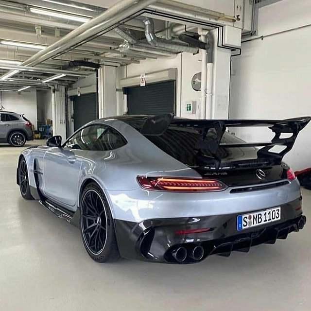 Mercedes AMG black Series リーク (1)