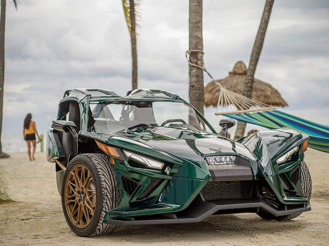Polaris_Slingshot_Grand_Touring_LE_ (1)