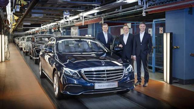 Mercedes-benz-リストラ (3)