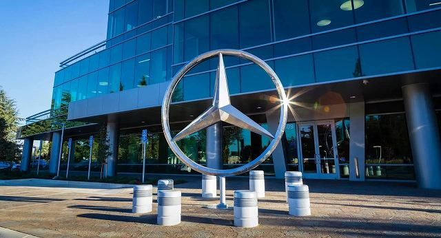 Mercedes-benz-リストラ (1)