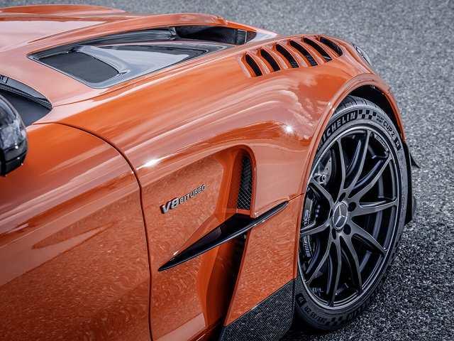 AMG GT Black Series価格 (1)