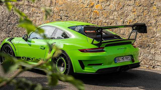 Manthey-Racing-Porsche-911-GT3-RS-1@@@@ (2)
