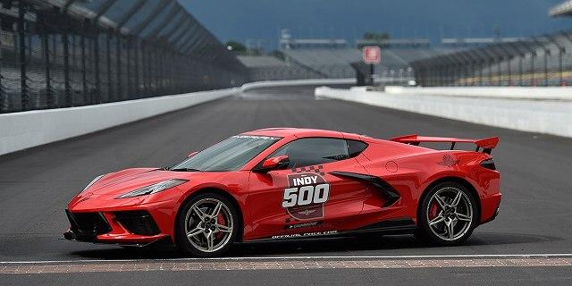Corvette-C8-Pace-Car-Indy-500-2 (2)