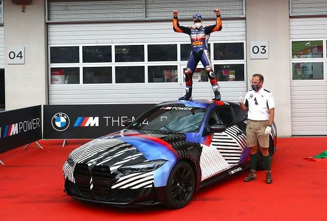 BMW-M4-Moto-GP-優勝