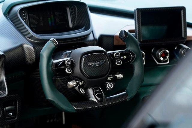 Aston Martin Victor85 (7)