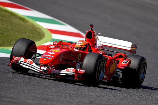 Mick_Schumacher_Ferrari_F2004_Mugello (2)