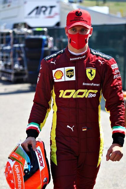 Mick_Schumacher_Ferrari_F2004_Mugello (1)
