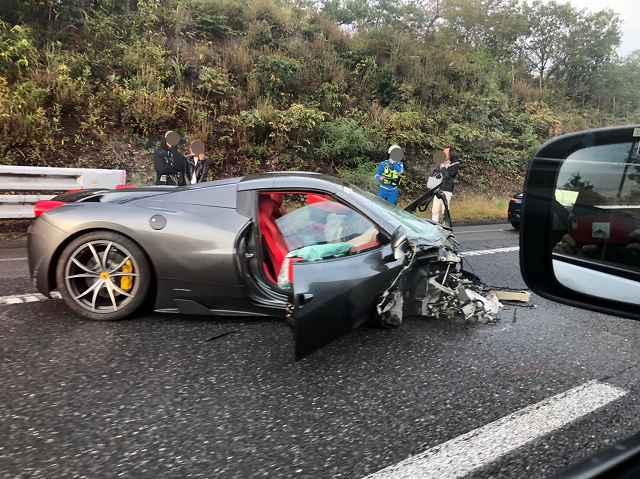 フェラーリ中国道事故