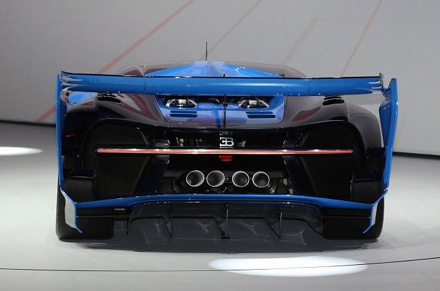 Bugatti-rear (3)