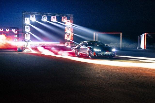 RS e-tron GT (11)