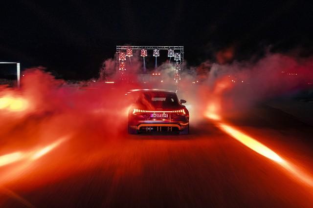 RS e-tron GT (2)