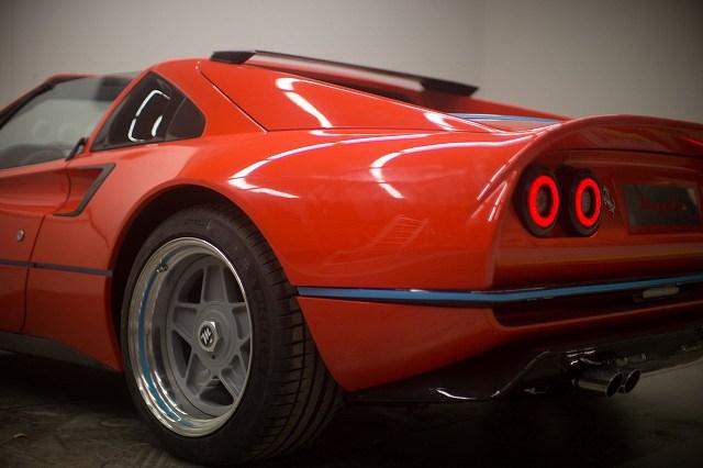 フェラーリ308M (1)