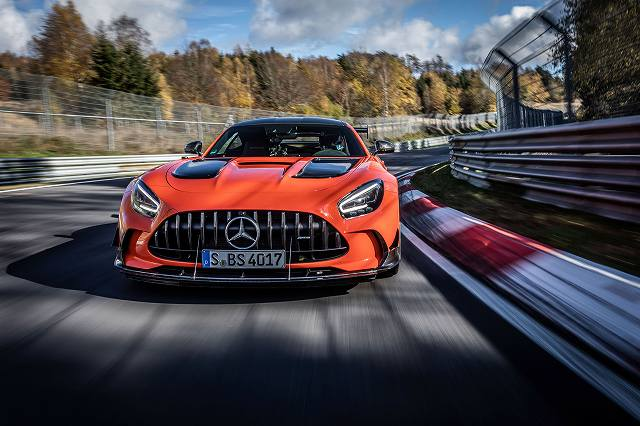 Mercedes-AMG-GT-Black-Series-Nurburgring (2)