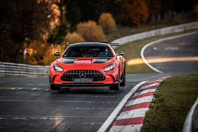 Mercedes-AMG-GT-Black-Series-Nurburgring (3)