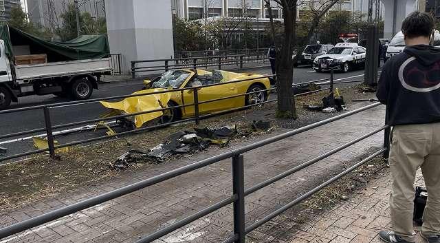 フェラーリ458スパイダー事故 (1)