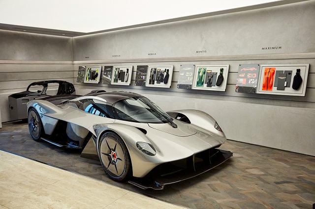 Aston-Martin-Valkyrie-4444 (2)