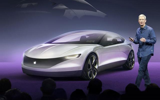 Apple-car-Tim-Cook77 (1)