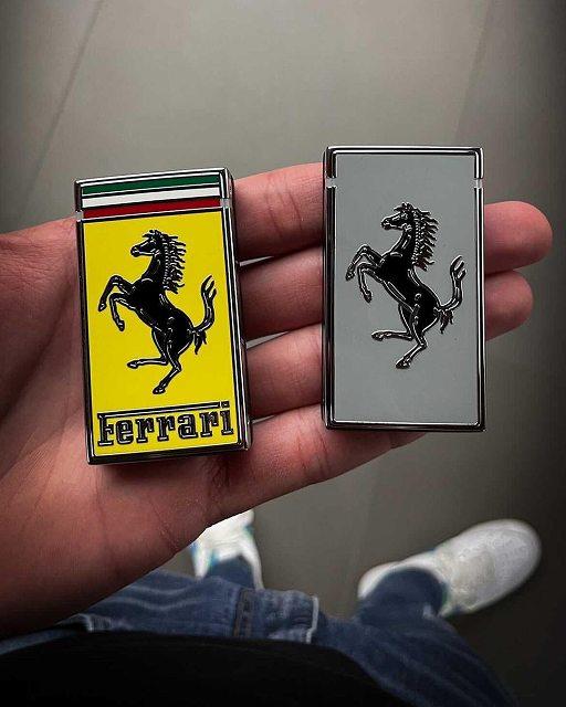 フェラーリSF90ローマ鍵