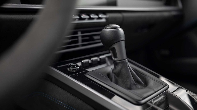 2022-porsche-911-gt3-prototype-seats (3)