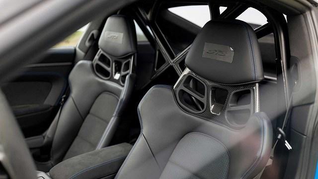 2022-porsche-911-gt3-prototype-seats (1)