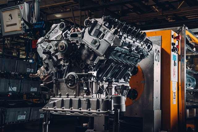 W12 Engine - 1