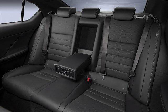 Lexus-IS-500-F-SportPerformance (3)