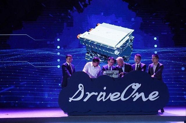 Huawei car (1)