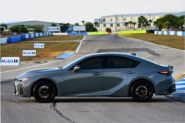 2022-Lexus-IS-500-F-Sport-Performance-Launch-Edition1 2021-3-20