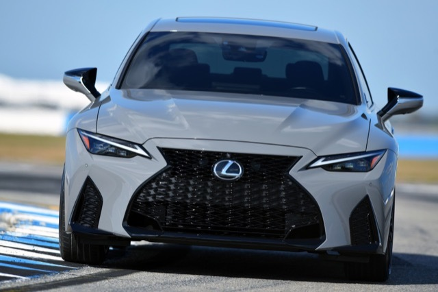2022-Lexus-IS-500-F-Sport-Performance-Launch-Edition2 2021-3-20