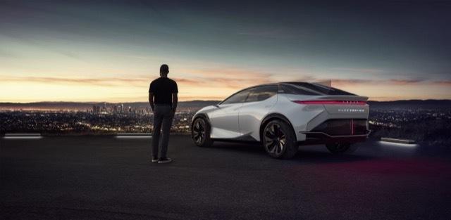 2021-Lexus-LFZ-0014-1500x734 2021-3-30