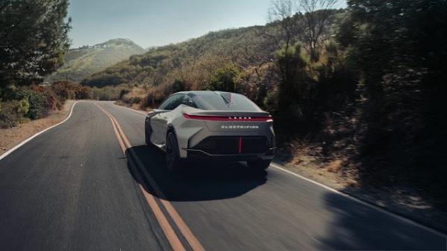 2021-Lexus-LFZ-0046-600x338 2021-3-30