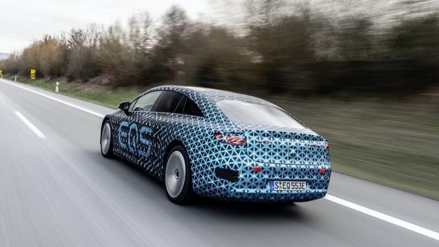 Mercedes-EQS-1 2021-4-34