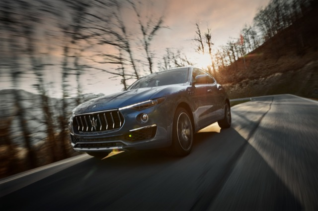 17896-MaseratiLevanteHybrid 2021-4-19