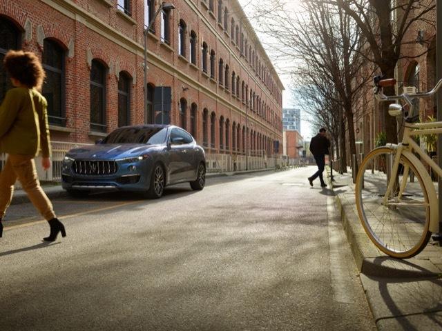 17904-MaseratiLevanteHybrid 2021-4-19