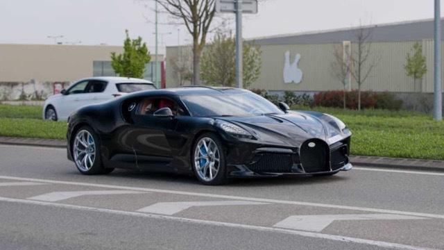 bugatti-la-voiture-noire3 2021-4-23