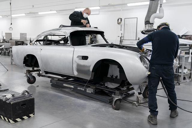 Aston_Martin_DB5_Goldfinger_Continuation01-jpg.jpg