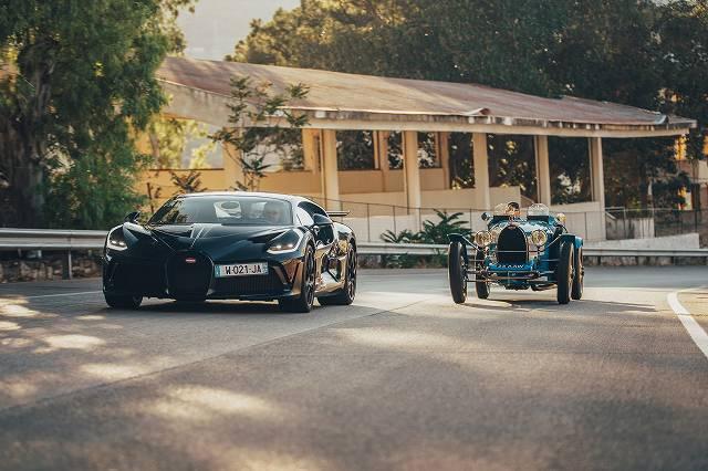 Bugatti-Divo.jpg