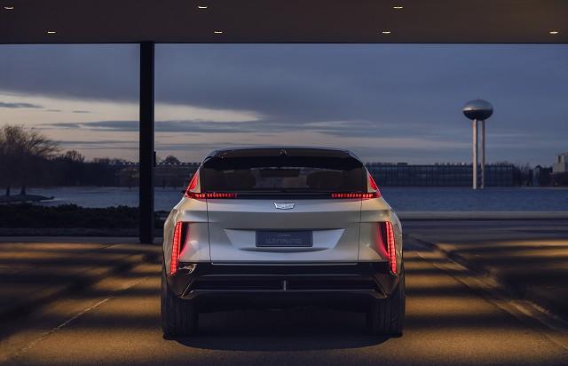 Cadillac-LYRIQ-017.jpg
