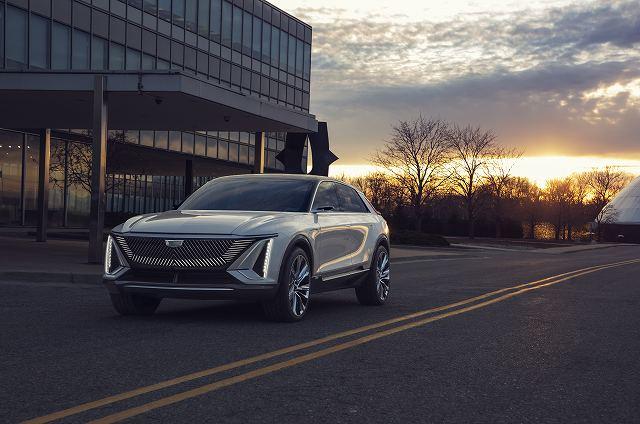 Cadillac-LYRIQ-025.jpg