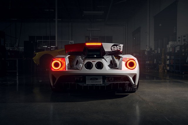 Ford-GT-Heritage-Edition-3.jpg