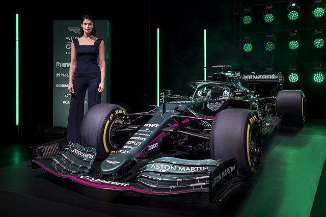 Gemma_ArtertonAston_Martin_Cognizant_Formula_One_TeamAMR2101.jpg