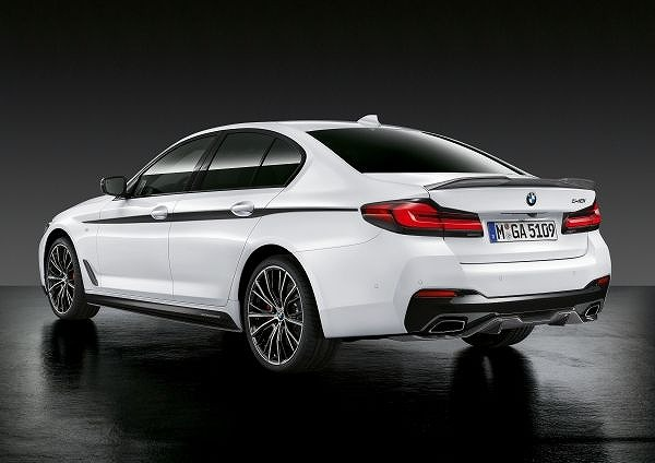 P90388587_lowRes_the-new-bmw-5-series.jpg