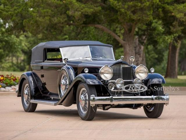 Packard-Deluxe-750x563.jpg
